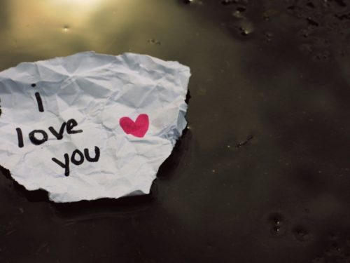 I Love You on Paper Wallpaper