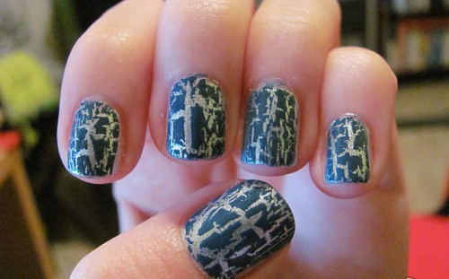 Crackle Nail Polish for Christmas